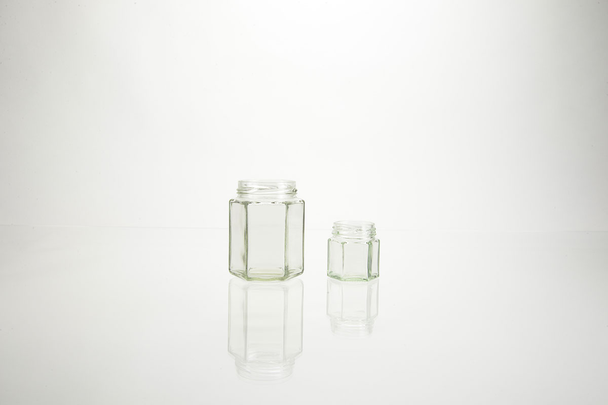Bocaux hexagonaux en verre