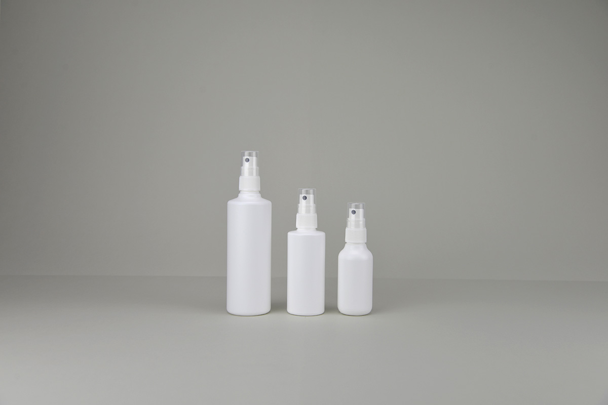 Bouillottes + spray blanches en polyéthylène rondes (vapo à couper)